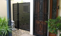 Slatting gate & screen door. Satin Black aluminium